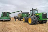 В Узбекистане приступили к уборке зерновых