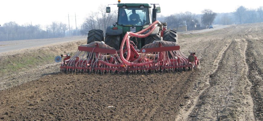 К весеннему севу готовятся российские аграрии