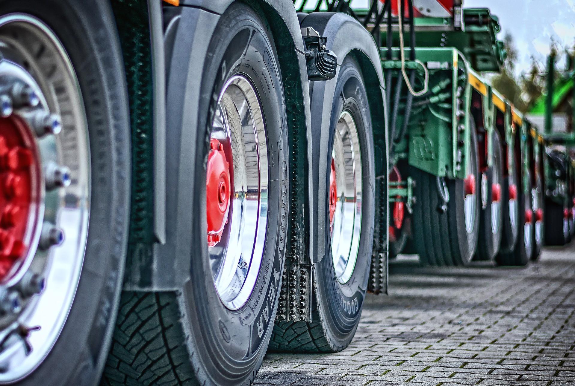Фермеры на тракторах заблокировали центр Берлина