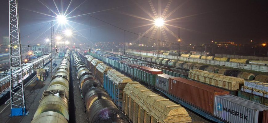 Начальник станции КТЖ получал взятки за беспрепятственную подачу и ускоренное отправление вагонов