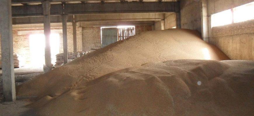 Казахстан: Костанайские аграрии просят о помощи в реализации зерна