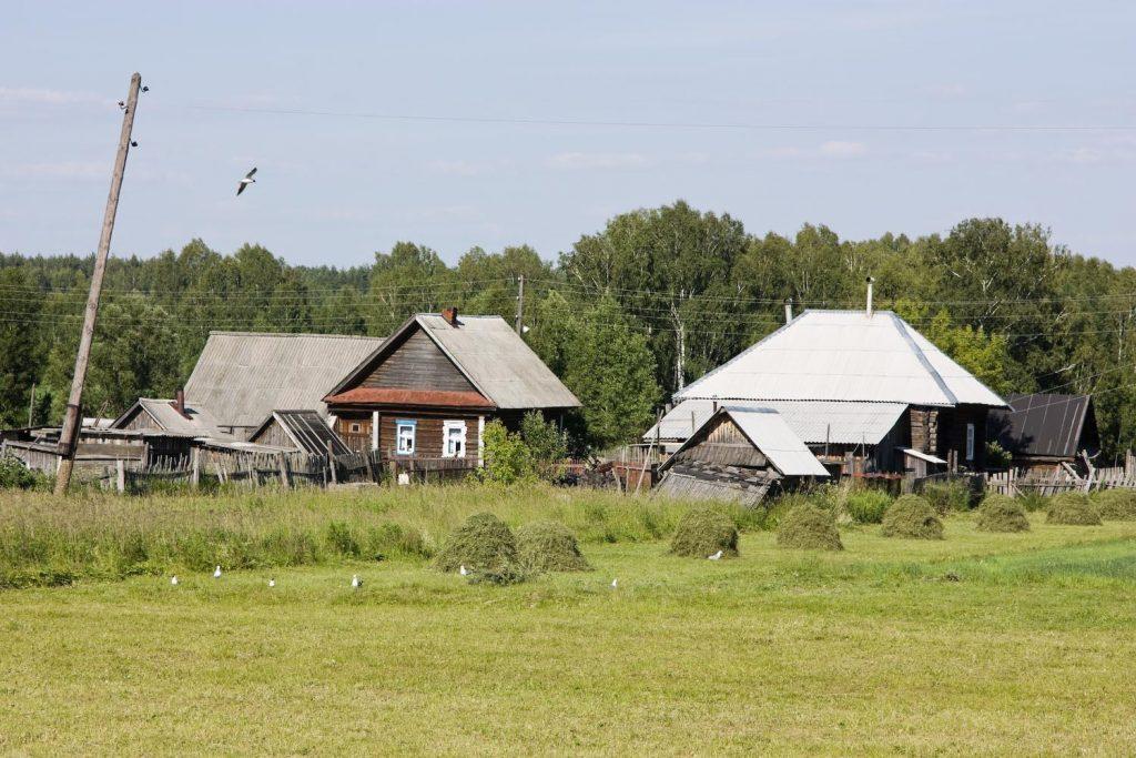 Нурсултан Назарбаев предложил не тратить средства на бесперспективные села
