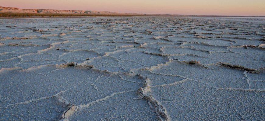Обмелевшее Аральское море – язва неблагополучия и нездоровья в Центральной Азии
