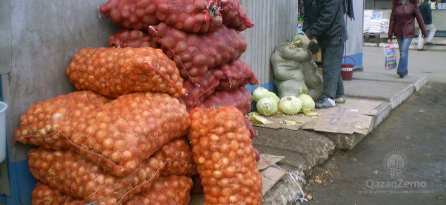 Цены на овощи и фрукты поползли вверх в Костанае