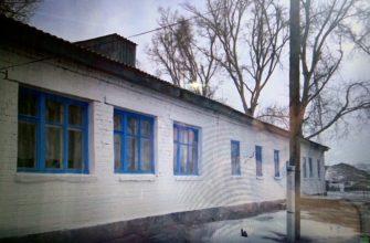 Сломанной мебелью и холодом встретили акима области в селе на Востоке