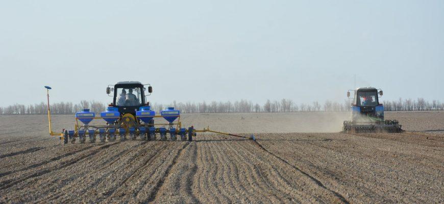 На юге страны отрапортовали о завершении весенних полевых работ